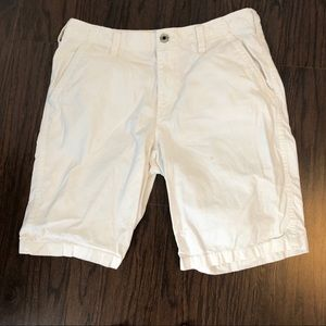 Express shorts men's size 33 off-white actual 34W